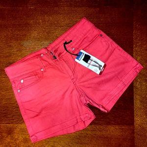 women's mid rise cute shorts 🤸♂️